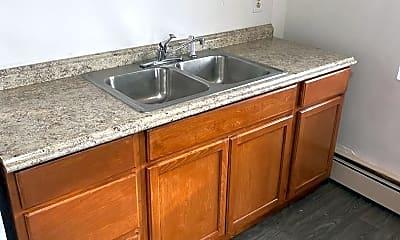 Kitchen, 2637 Stillwater Rd E, 1
