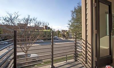 Patio / Deck, 4922 Laurel Canyon Blvd, 2