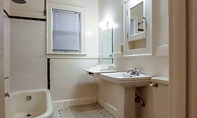 Bathroom, 1953 NW Irving St, 1