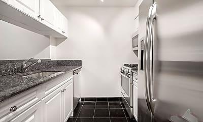 Kitchen, 170 W 23rd St, 1