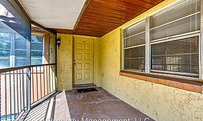 Patio / Deck, 40 Windtree Ln, 1
