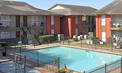 Pool, Emerald Pointe, 1