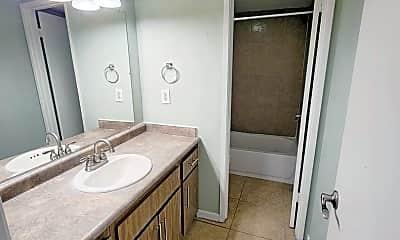 Bathroom, 4302 N 103rd Ave, 2
