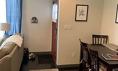Living Room, 300 N Parker Ave, 1