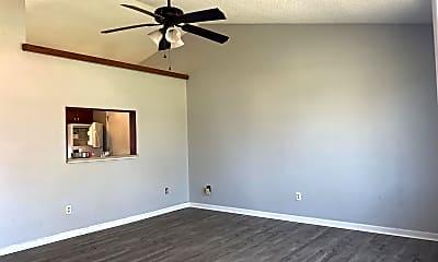 Living Room, 309 Cinnamon Dr, 1
