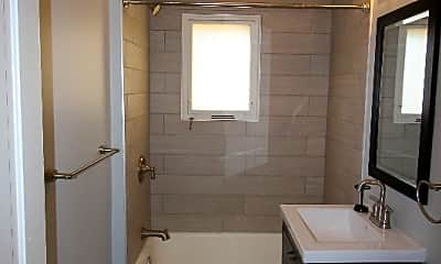 Bathroom, 74 W 5th Ave, 2