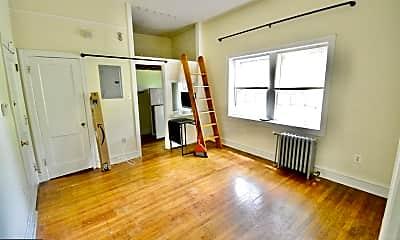 Living Room, 251 W Rittenhouse St 105, 1