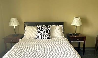 Bedroom, 482 Odlin Rd, 2