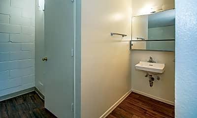 Bathroom, Sycamore Cove, 2