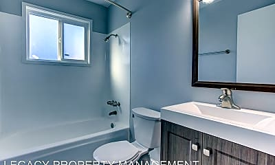Bathroom, Tigardville Apartments, 2