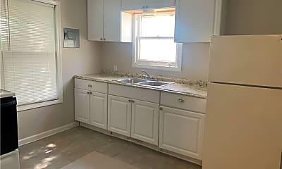 Kitchen, 1648 18th St, 1