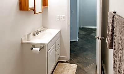 Bathroom, 319 E Hillsdale St, 2