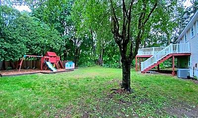 Playground, 656 Farm Rd, 2