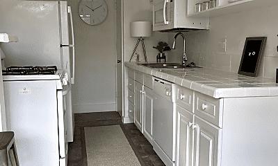 Kitchen, 3604 San Jacinto St, 1