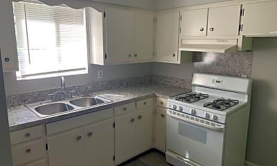 Kitchen, 1346 Chalbena Ave, 1