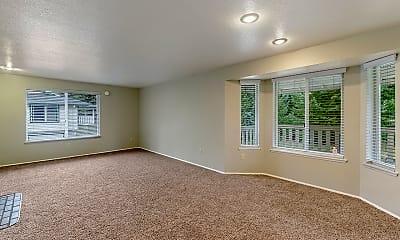 Living Room, Evergreen Apartment Homes, 1