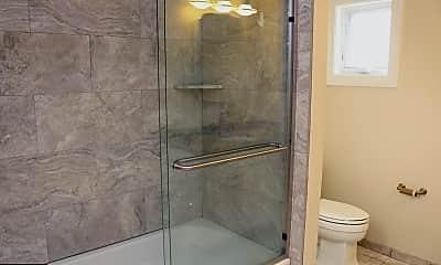Bathroom, 1112 E Lancaster Ave 202, 0