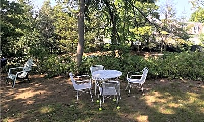 Patio / Deck, 245 Milbank Ave 2ND, 0