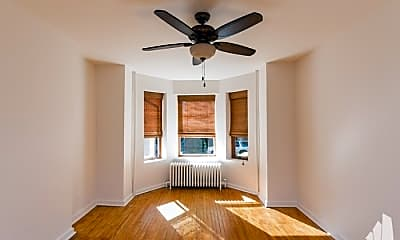 Living Room, 2454 W Superior St, 2