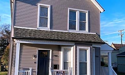 Building, 944 W Alexandrine St, 1