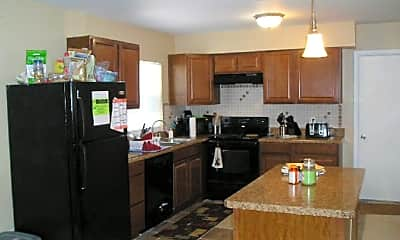Kitchen, 6424 Wilshire Dr, 1
