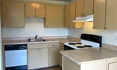 Kitchen, 404 27th St SE, 2