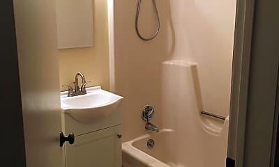 Bathroom, 18 ocean st, 2