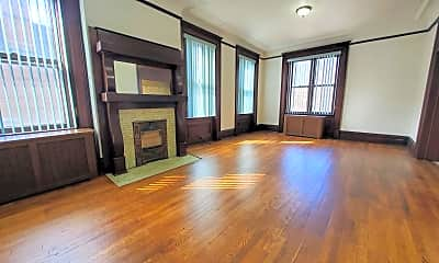 Living Room, 900 Cedar Ave, 0