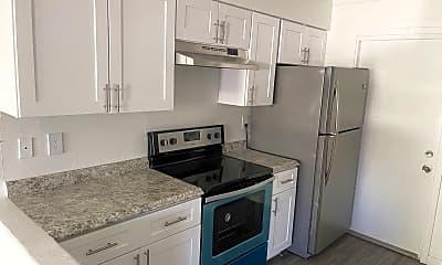 Kitchen, 2402 W Devonshire Ave, 0