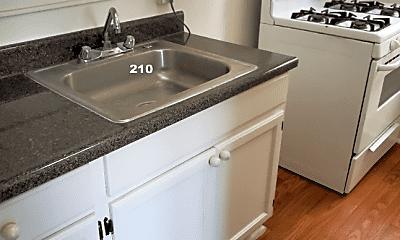 Kitchen, 514 Union Dr, 2