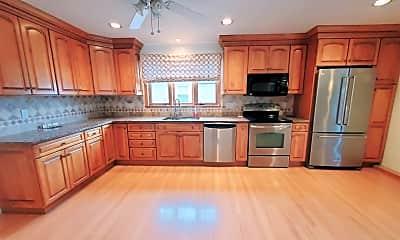 Kitchen, 1003 Shippan Ave, 0