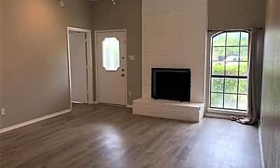 Living Room, 2403 Kingsford Ct, 1
