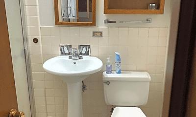 Bathroom, 765 Garland Pl, 2