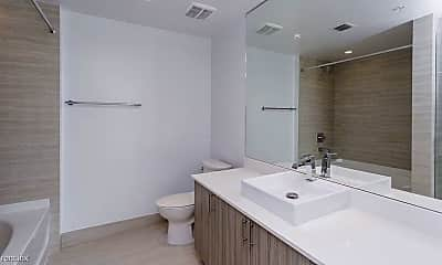 Bathroom, 3891 NE 6th Ave, 2