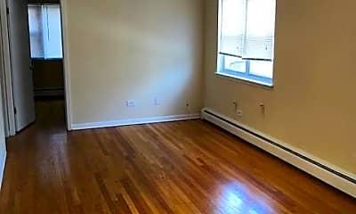 Living Room, 4056 N California Ave, 0