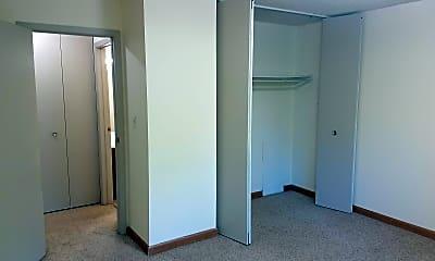 Bedroom, 2917 Winsor Dr, 1