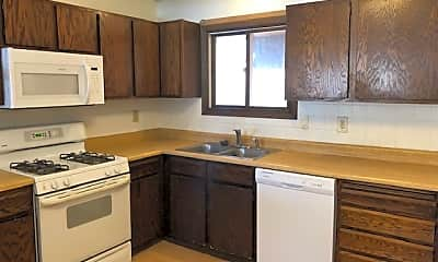 Kitchen, 3868 McMenemy St, 0