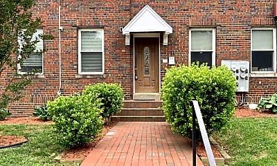 Building, 711 Irving St NE, 0