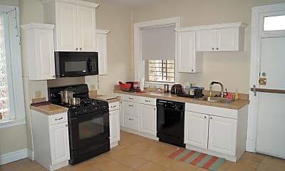 Kitchen, 6815 Thomas Blvd, 1