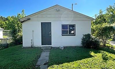 Building, 3431 Vetter Ave, 2