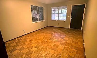 Building, 240 Johnnie Dr, 1