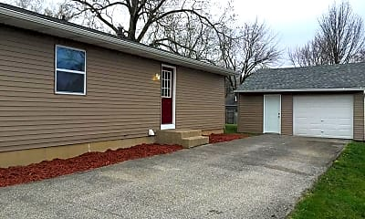 Building, 283 Hazelwood Dr, 1