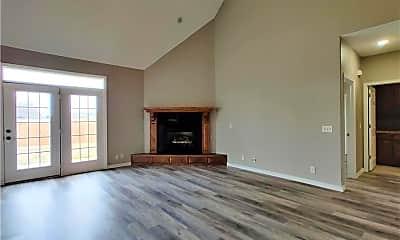Living Room, 1030 Harvest St, 1