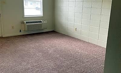 Living Room, 4301 Kinkead Ave, 2