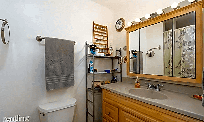 Bathroom, 4844 68th St, 2