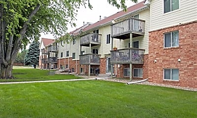 Building, Windsor Heights Apartments, 0