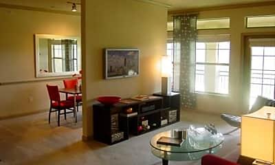 Living Room, 6500 Champion Grandview Way, 0