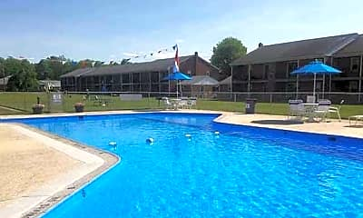 Pool, 1000 Carroll Ave, 2