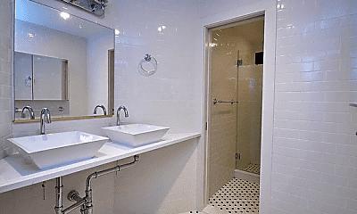 Bathroom, 230 E 95th St, 2
