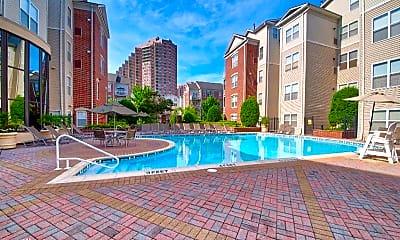 Pool, 801 Harbor Blvd, 2